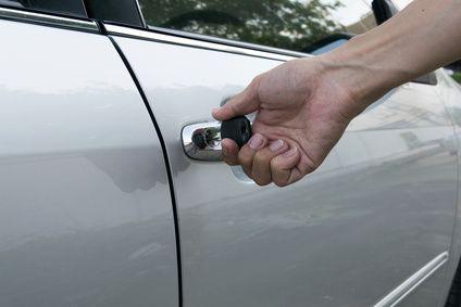 Abgebrochener Autoschlüssel in Tür